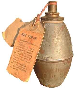 Grenade suffocante française, adoptée par l'établissement central du matériel du génie, le 8 juillet 1913