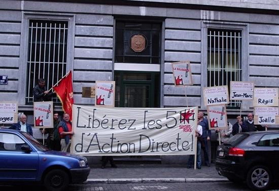 Manif devant le consulat à Liège