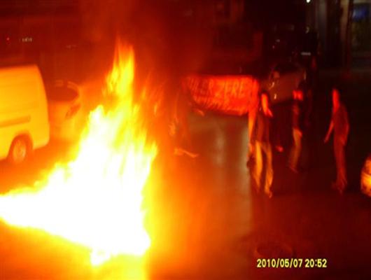 Actions de rue en hommage à Güler Zere