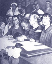 Clara Zetkin et Alexandra Kollontaï