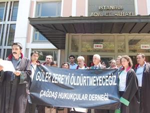Manif à Istanbul pour Güler Zere