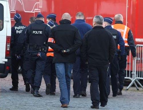 Descente policière à Roj TV