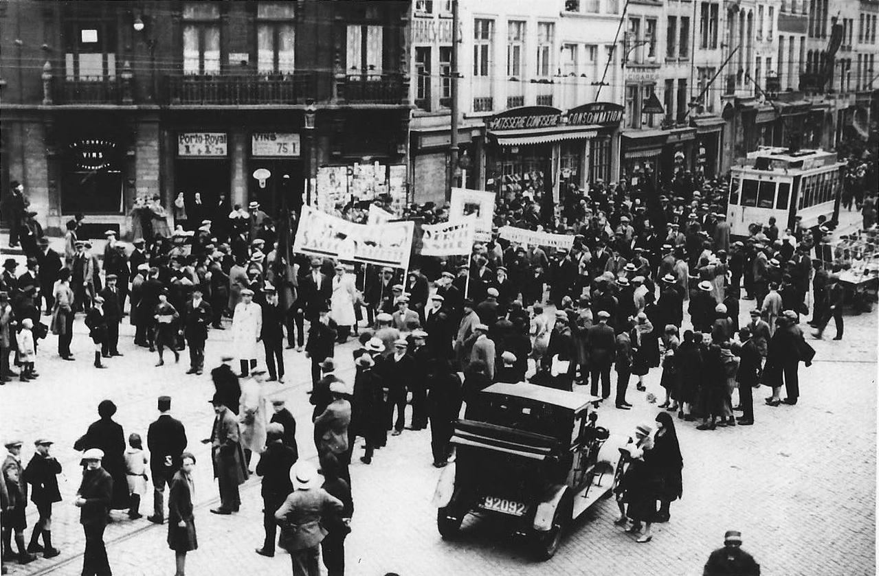 30 mai 1927: Manifestation à Bruxelles du Secours Rouge pour Sacco et Vanzetti