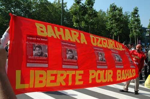 Rassemblement devant le consulat de Turquie à Bruxelles