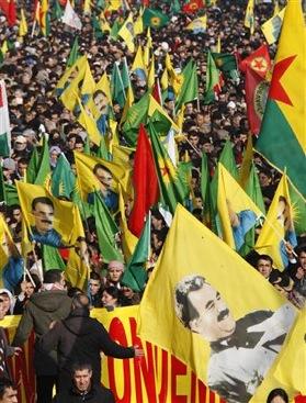 Manif pour la libération d'Ocalan