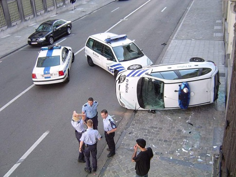 Accident de voitures de police