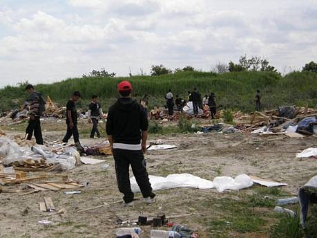 Destruction du camp de réfugiés à Dunkerque