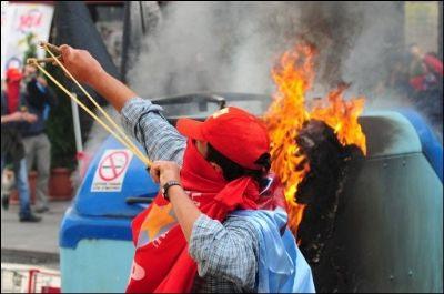 Manifestation anti-FMI