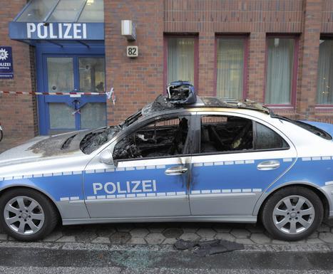 Action contre la police à Hambourg