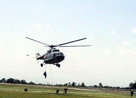 Hélicoptère MI-17