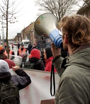 Manifestation contre les centres fermés à Bruges