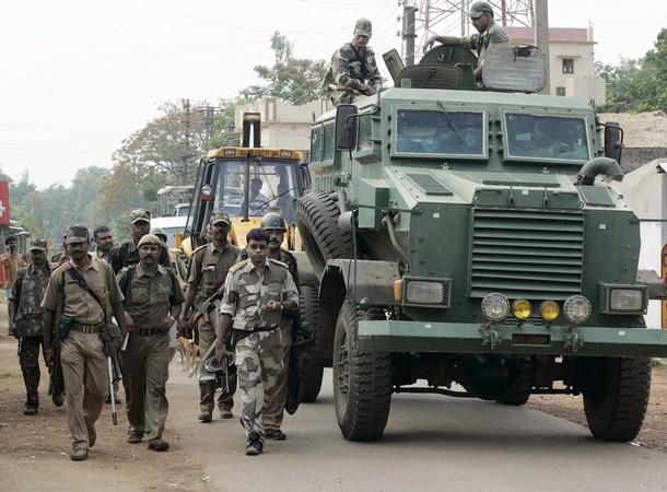 Paramilitaires en Inde