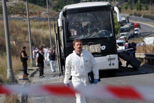 Attentat contre un bus de l'armée à Istanbul