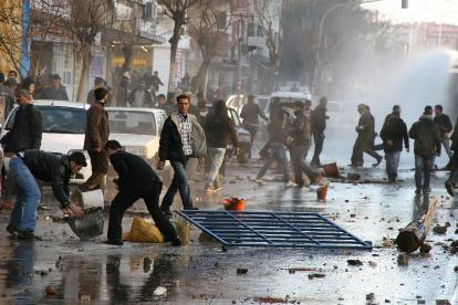 Manifestation en marge du procès à Diyarbakir