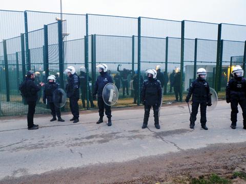 Manifestation et émeutes au 129bis, 20 février 2011