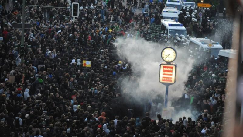 premier mai révolutionnaire 2011 à Berlin