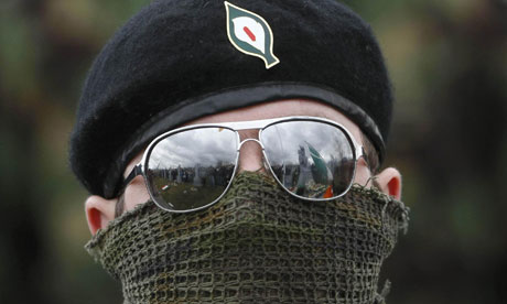 Militant de la Real IRA