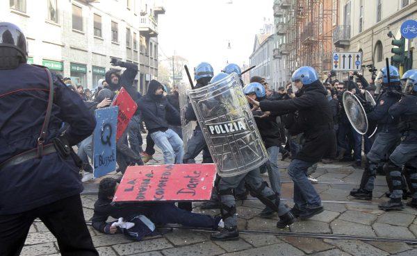 Violences à Milan