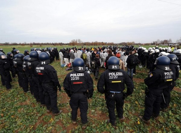 Arrestations de militants anti-nucléaires