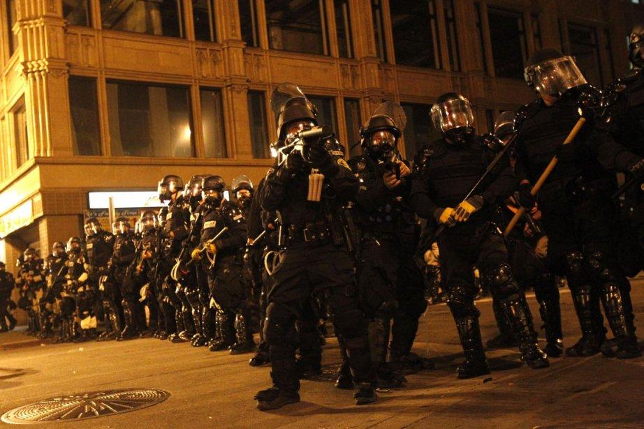Cordon policier à Oakland