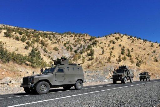 Véhicules des forces de sécurité turques