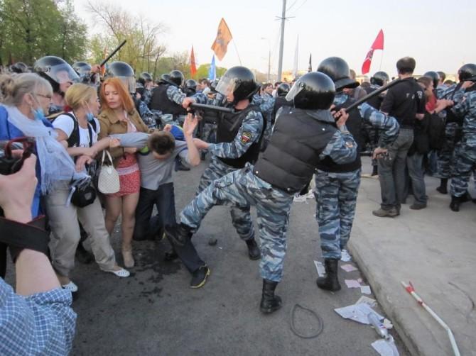 Violences policières à Moscou