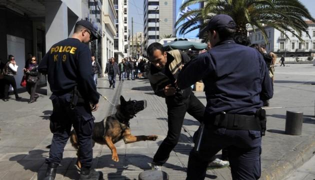 Chasse aux sans-papiers à Athènes