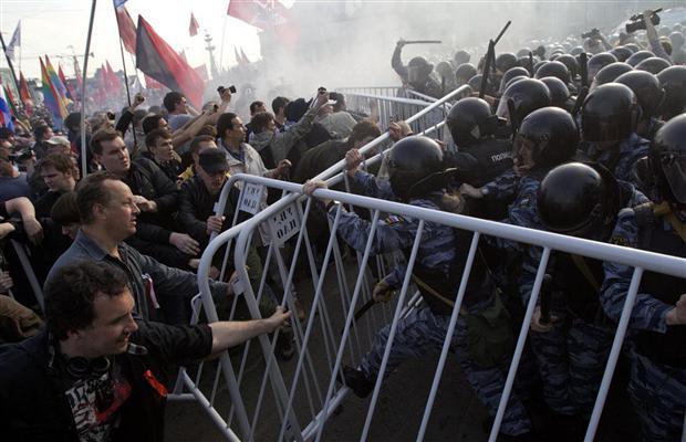 Émeutes du 6 mai 2012 à Moscou, contre l'investiture de Poutine