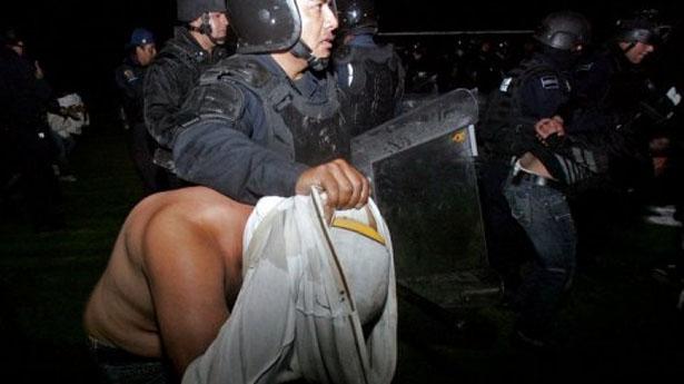 Répression policière à Morelia