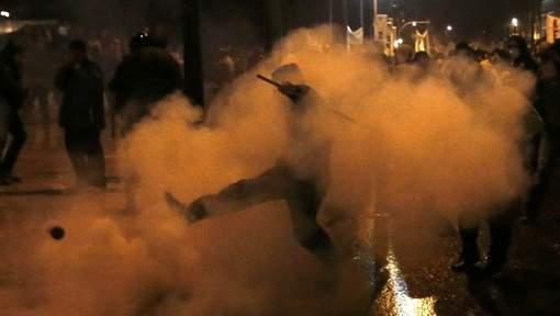 Gaz lacrymogènes à Athènes