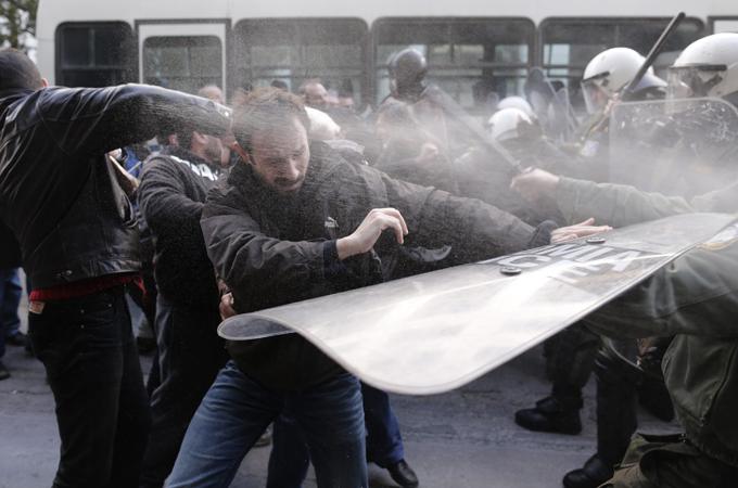 Manifestation devant le ministère du Travail à Athènes