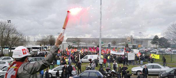 Grève à PSA Peugeot-Citroën