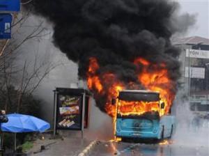 Incendie d'un bus à Istanbul
