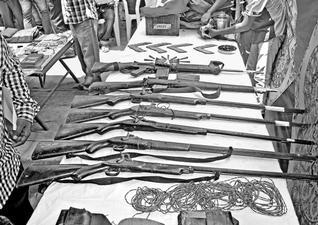 Saisie dans un camp maoïste