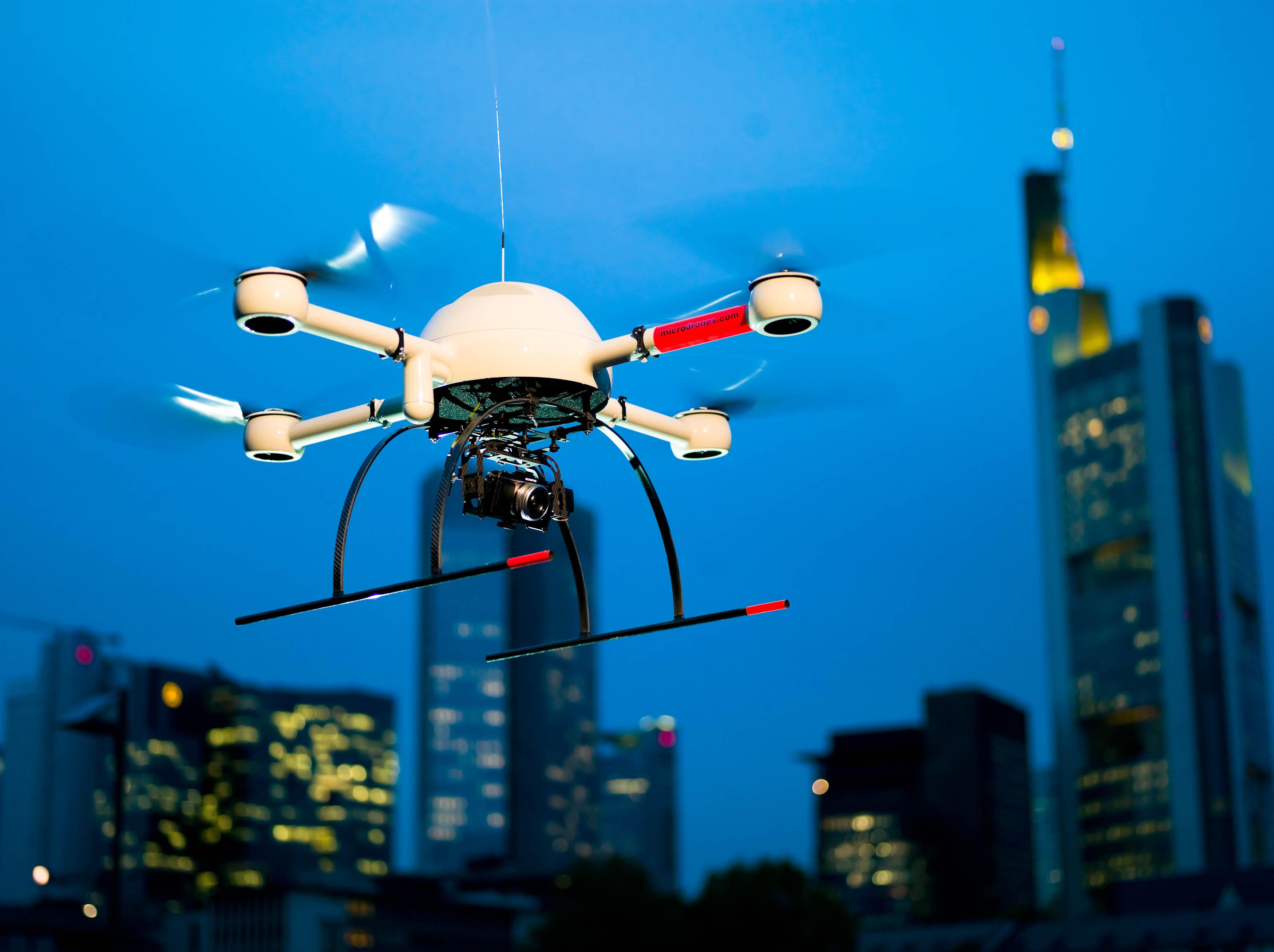 microdrones-md4-1000-press-kit-industry.jpg