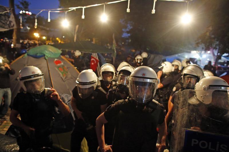 Evacuation du parc Gezi