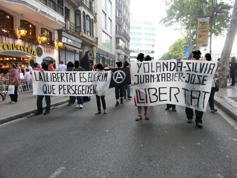 manifestation pour les prisonniers anarchistes à Barcelone