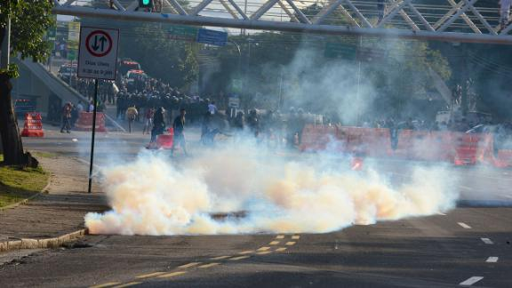 Manifestation stade Maracana Rio de Janeiro