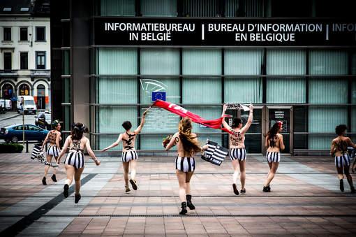 Des militantes de Femen Place du Luxembourg à Bruxelles