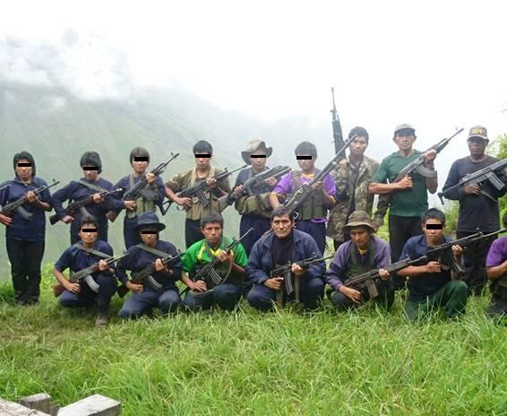 guérilleros maoïstes au Pérou