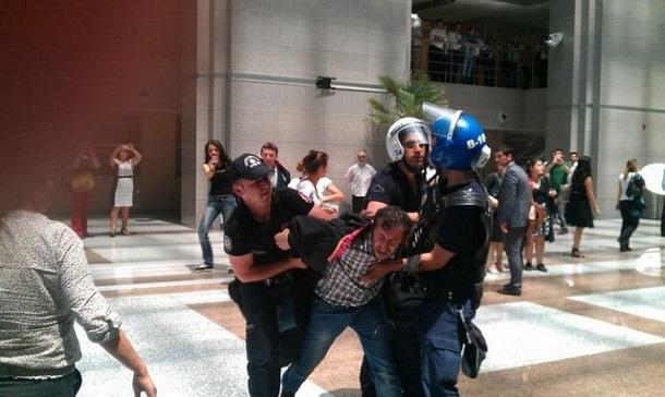 Arrestations d'avocats à Istanbul