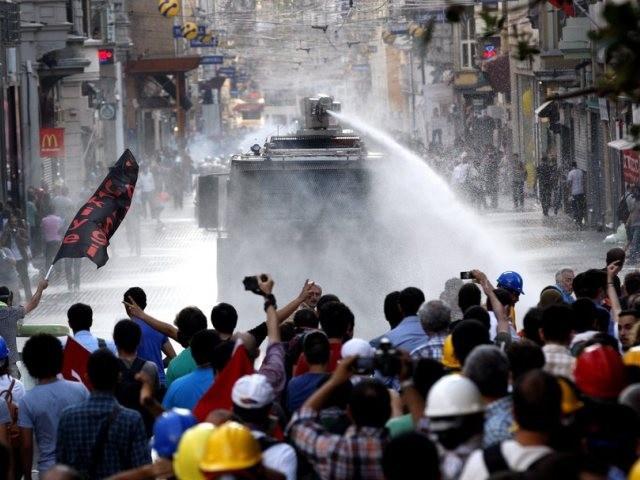 affrontements place Taksim
