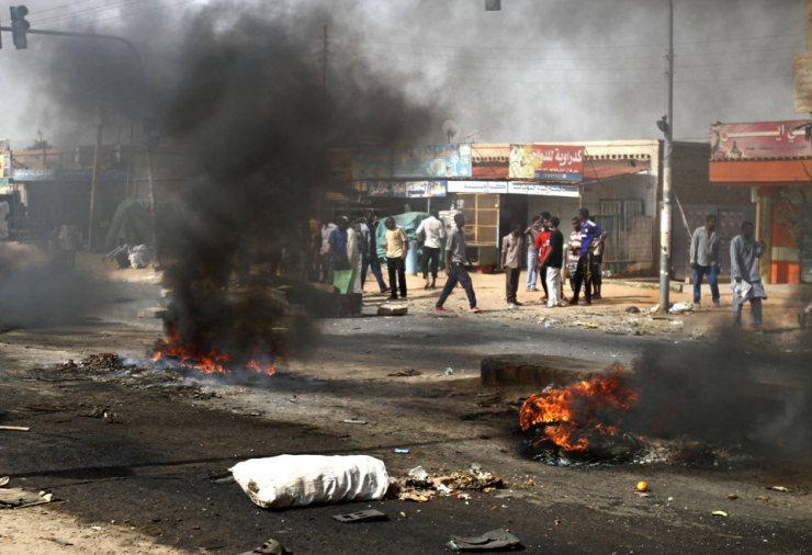 Emeutes à Khartoum