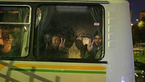 Membres d'équipage du navire de Greenpeace