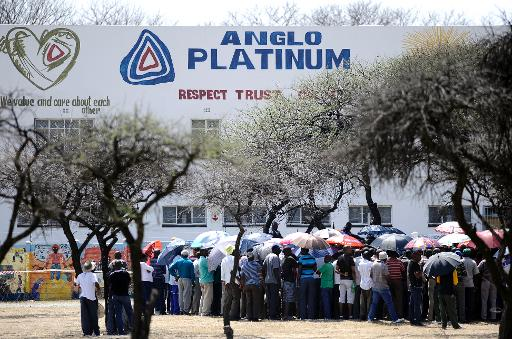 Rassemblement devant l'Anglo American Platinum