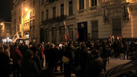 manifestation pour bahar devant le consulat d'italie