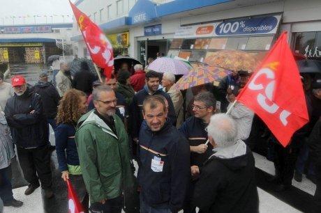 les-manifestants-etaient-plus-de-40-ce-mardi-a-anglet_1450815_460x306.jpg