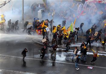 Enseignants réprimés à Ankara
