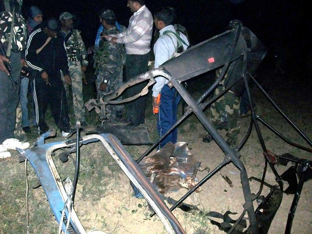 Carcasse d'un véhicule policier