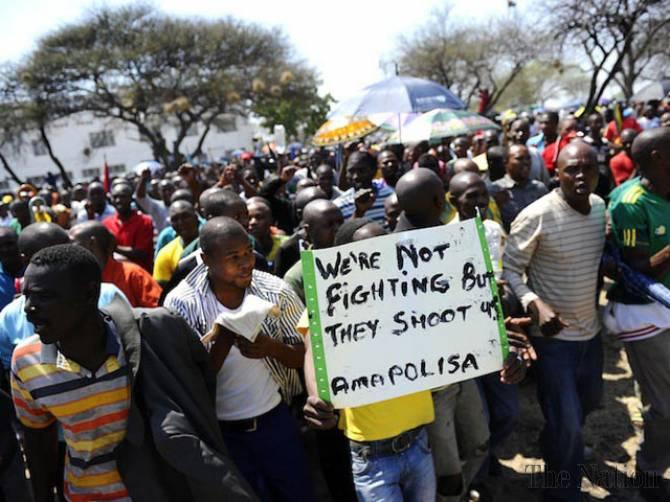 Manifestation villageoise à Brits